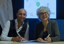 Foto: Ralph Koppers (Indiveo) en Froukje Ubels (Voorzitter MSB VCL) bekrachtigen de samenwerking.