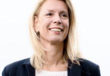 """""""Bestuurders in de zorg aan de wandel?"""", vraagt Hessiëlle Kerkhoff, auteur van het boek 'Signatuur in de zorg' zich af. (Foto: De Waerdmeester)"""